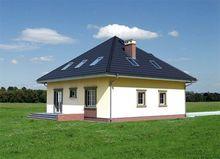 Проект строительства загородного дома 220 m² с многоскатной крышей с эркером