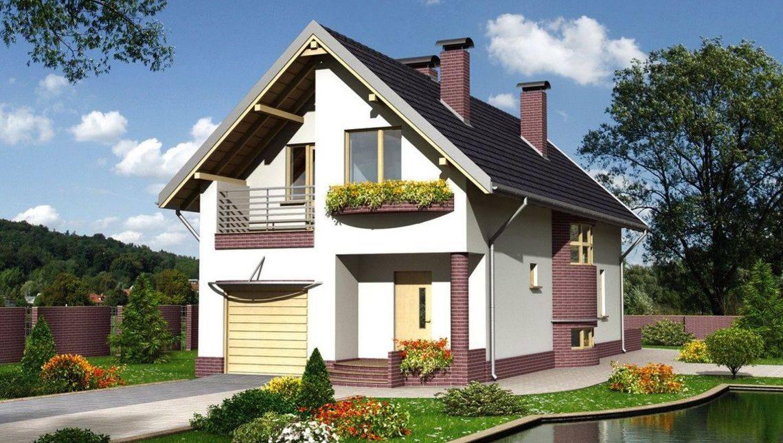 Двухэтажный коттедж с красивым входным крыльцом