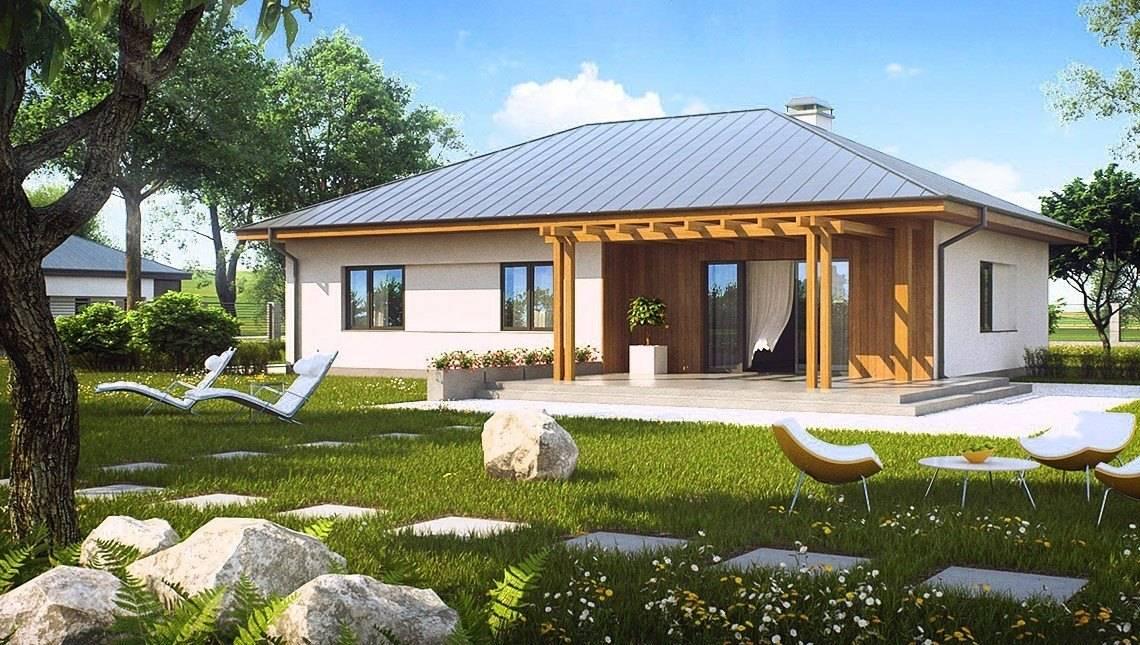 Загородный коттедж с многоскатной крышей