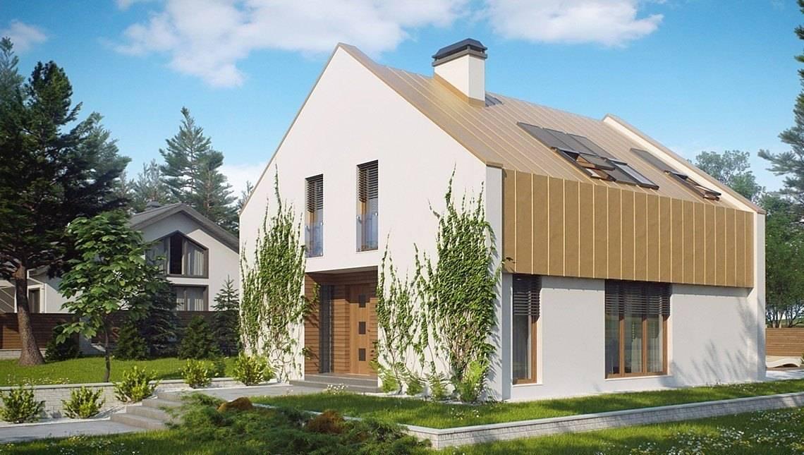 Загородный дом с большими мансардными окнами