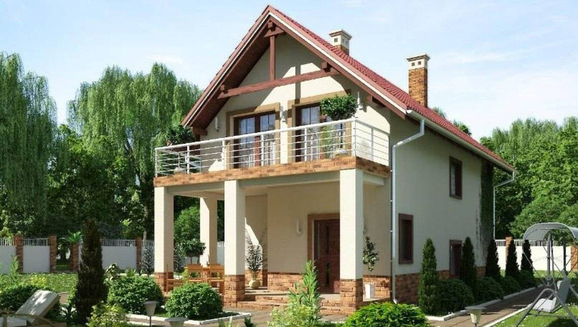Проект загородного коттеджа с большим балконом для узкого участка